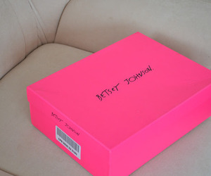 pink, betsey johnson, and box image