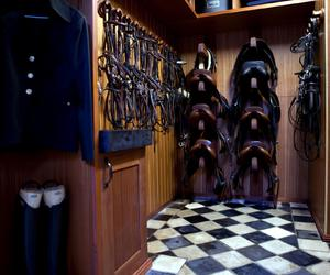stable and tack room image
