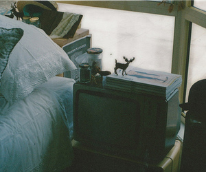 vintage, bed, and indie image