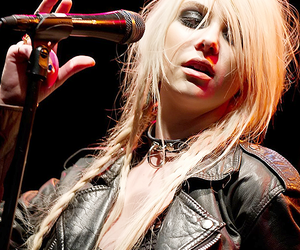 Taylor Momsen, the pretty reckless, and the4thbaudelaire image