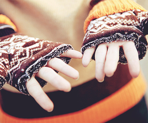 autumn, fashion, and gloves image