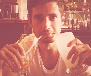 julian morris and pretty little liars image