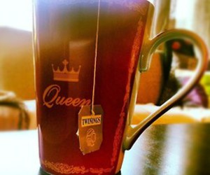 coffee, crown, and cup image