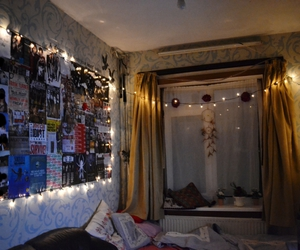 cozy, posters, and bedroom lights image