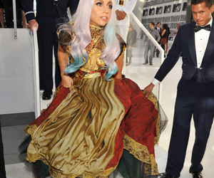 Lady gaga, shoes, and Taylor Swift image