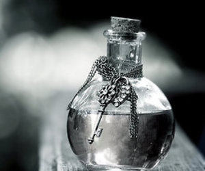 key, bottle, and Dream image