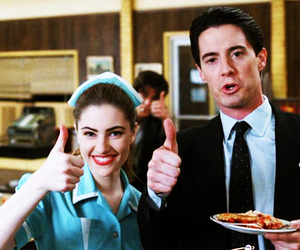 Kyle MacLachlan, shelly johnson, and Madchen Amick image