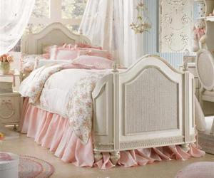 bed, dandy, and decorative image