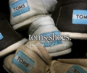 toms and shoes image