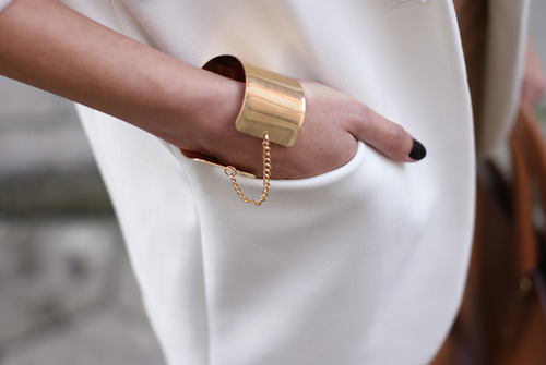 accessorise, model, and streetstyle image