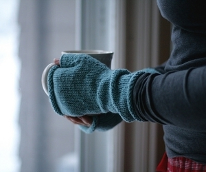 winter, cold, and gloves image