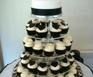 cupcake, wedding, and sweet image