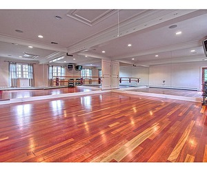 ballet and dance studio image