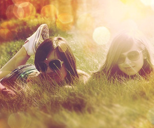 nature and sunnies image