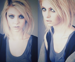 Taylor Momsen, the pretty reckless, and gossip girl image