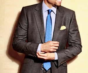 blue eyes and michael ealy image