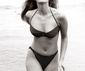 cindy crawford, model, and beach image