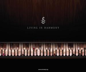 piano, harmony, and fingers image