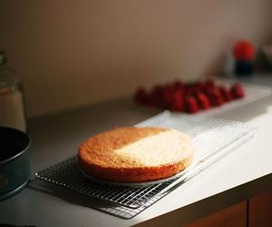 food, vintage, and cake image