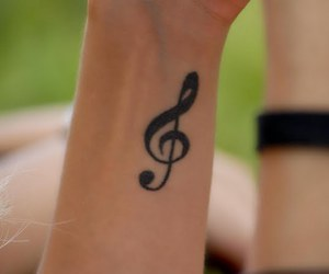 music, tatoo, and clave de sol image