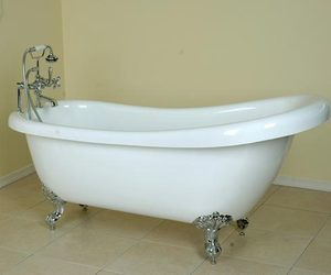 bath tub, beautiful, and washroom image