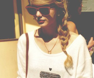girl, tatto, and Taylor Swift image