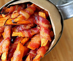 food, bacon, and fries image