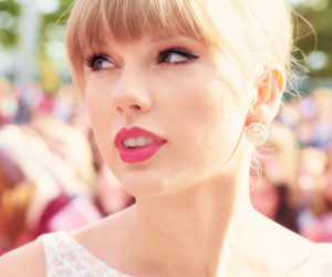 Taylor Swift and taylors image