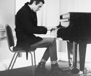 the maine and piano image
