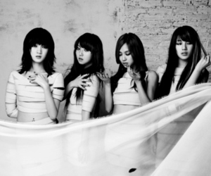 black and white, miss a, and k-pop image