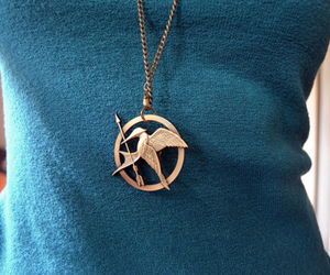 necklace, the hunger games, and hunger games image