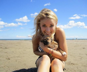 emily osment, beach, and girl image
