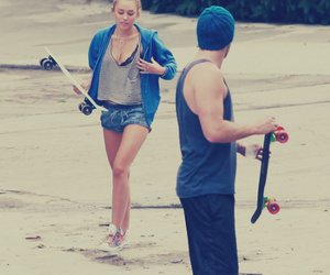 miley cyrus, miley, and skate image