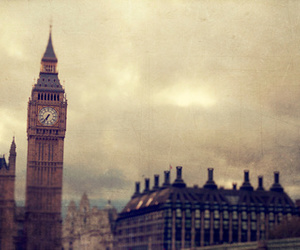 london, vintage, and lodres image