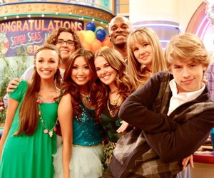 brenda song, debby ryan, and dylan sprouse image