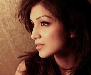 actress, model, and pallavi sharda image
