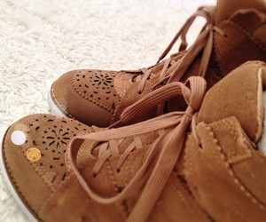 brown, shoes, and schoes image