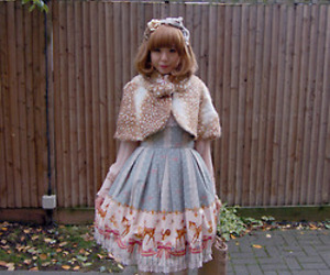 classic lolita and deer image