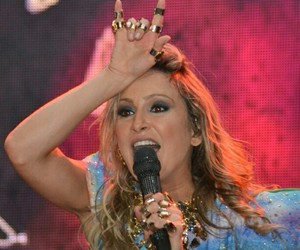 fun, pretty, and claudia leitte image