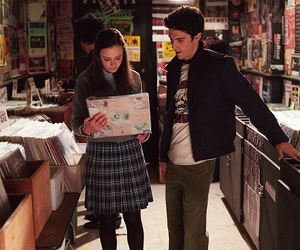 gilmore girls, rory gilmore, and jess mariano image