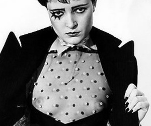 black and white, punk, and siouxsie sioux image