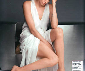 Angelina Jolie, fashion, and beauty image