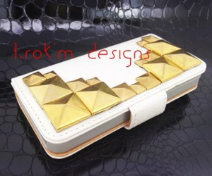 cell phone, gold, and cell phone accessories image
