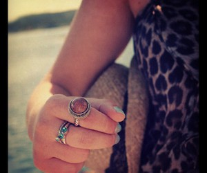 accessories, photo, and style image