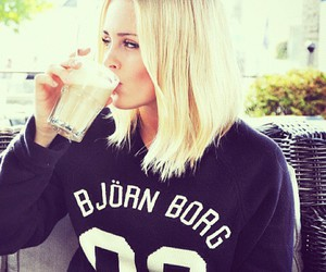girl, blond, and clothes image