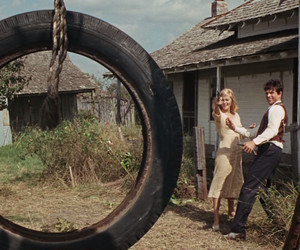 bonnie and clyde, guns, and Faye Dunaway image