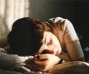 girl, vintage, and sleep image