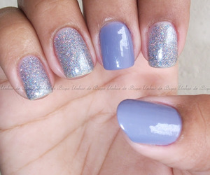 nail art, chillie's pink, and ellen gold image