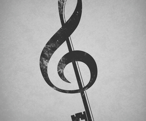 music and key image