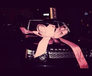 car, range rover, and pink image